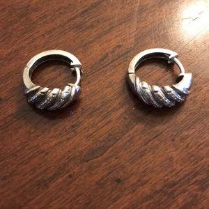 Sterling silver small diamonds earrings
